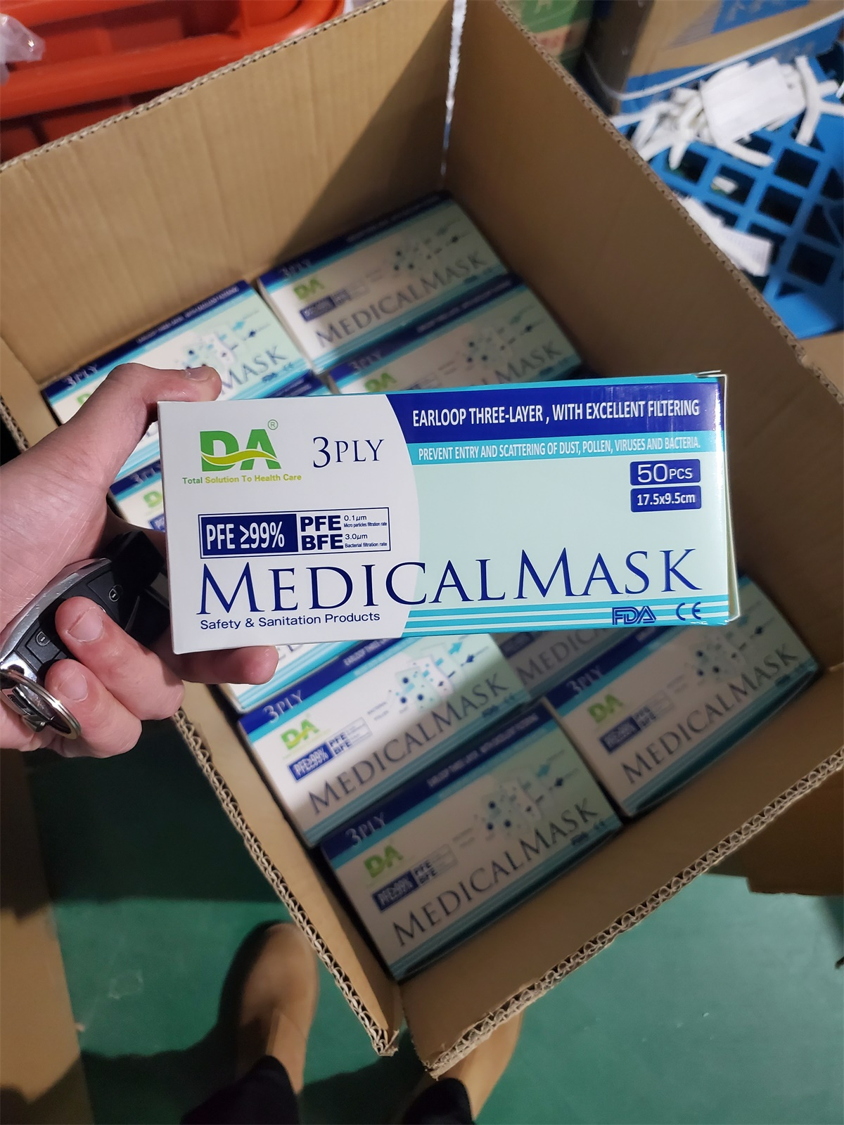 Disposable 3ply medical mask filter and melt blown cloth e 99% protective medical mask